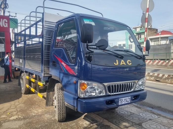 JAC 2t4 thùng 3m7 động cơ ISUZU xe vào thành phố