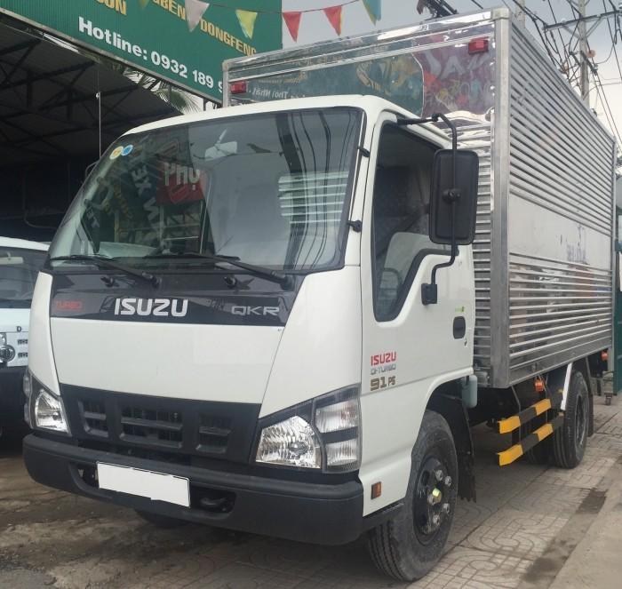 Xe tải Isuzu 2t2 hàng mới giá rẻ