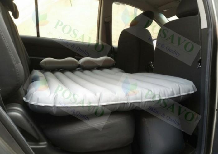 Chiếc giường êm ái này chiều dài 1,35m, chiều ngang 0,9m thì bé yêu hoàn toàn có...