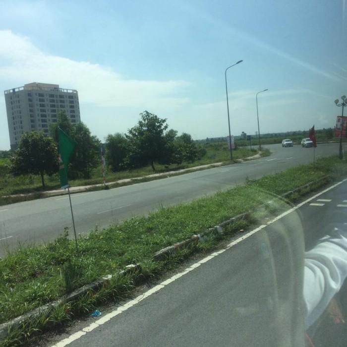Đất nền 6x20m, Gần khu Phố Đông Village, 8 triệu/m2, sổ hồng riêng, mặt tiền 45m, Cát Lát, Quận 2