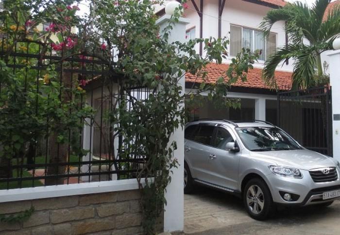 Cho thuê Villa đường Cao Thắng Q3, gần ngã ba Võ Văn Tần, nhà đẹp .