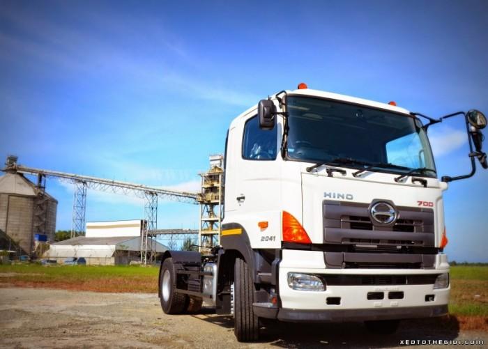Xe đầu kéo Hino 72013 1 cầu sức kéo theo 45 tấn