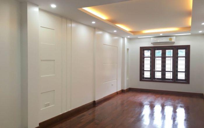 Bán nhà Phân lô Phùng Chí Kiên, Cầu giấy 5 tầng đẹp 4,8 tỷ