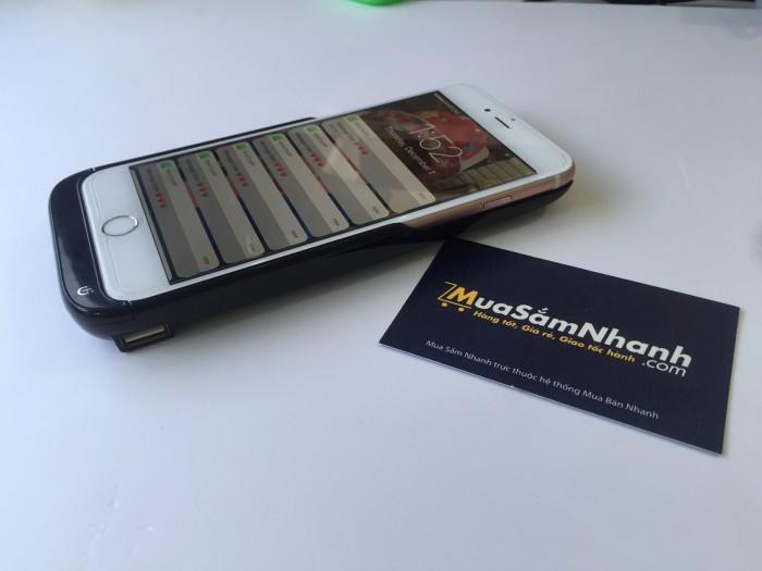 Trên thị trường hiện nay có rất nhiều loại sạc dự phòng, nhưng cần phải gắn dây kết nối để sạc, rất bất tiện trong lúc sử dụng điện thoại hoặc di chuyển, không thể bỏ túi lúc sạc, không thể sử dụng thoải mái lúc sạc vì luôn có dây kết nối : chúng tôi cung cấp 1 giải pháp sạc dự phòng thông minh và tiện dụng cho quý khách hang sử dụng iphone 6/6s.