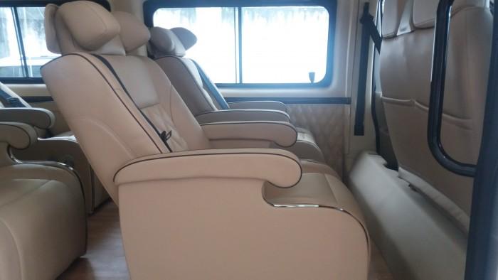 Báo giá Transit Limousine. Phiên bản Cơ Bản. Hỗ trợ trả góp linh hoạt 3