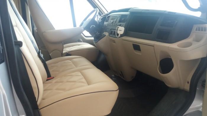 Giá Ford Transit Limousine. Phiên bản Trung cấp. Giá tốt nhất Gia Định Ford, trả góp lãi suất thấp 2