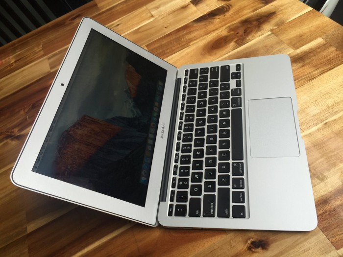 Macbook air 2011 MC968, 99%, zin 100%, siêu khủng giá rẻ
