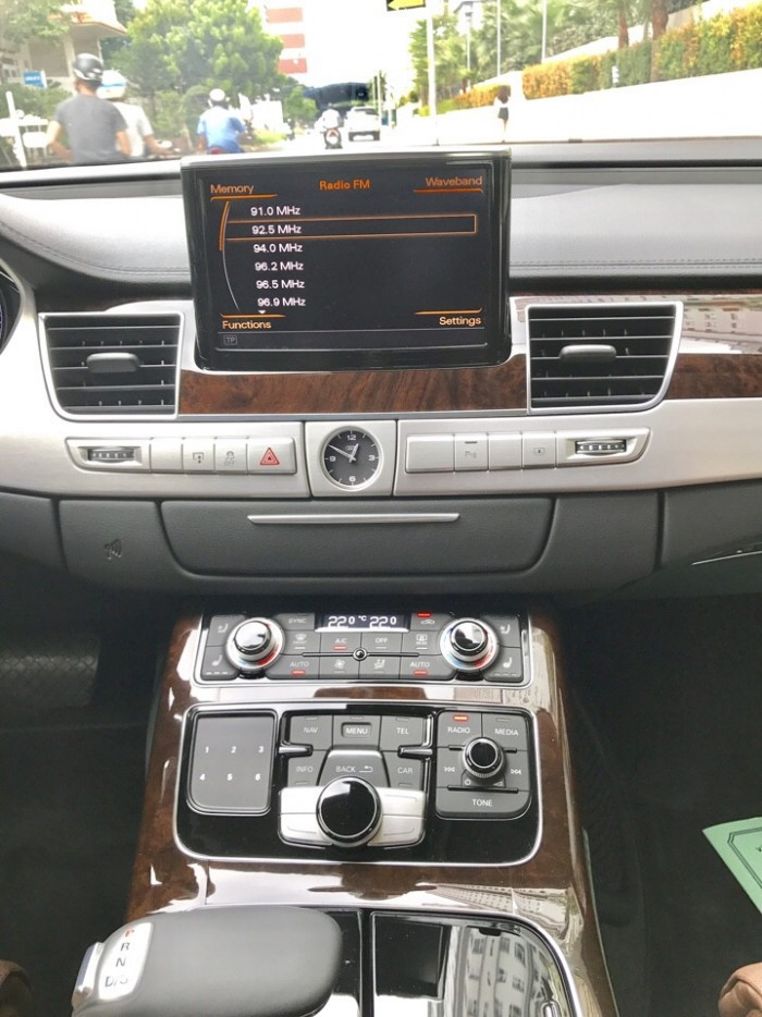 Audi A8 2014 12