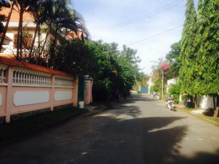 Bán nhà, bán biệt thự khu K300 đường Lê Trung Nghĩa phường 12 quận Tân Bình