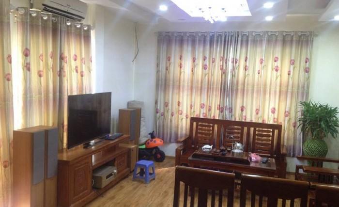 Bán nhà phân lô ngõ 34 Nguyên Hồng, 33m2 x 4 tầng, 3.6 tỷ