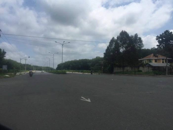 Cần bán gấp đất MT đại lộ Nguyễn Huệ 46m
