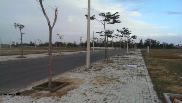Cần bán lô đất gần trường Huế Star.