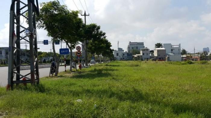 Cho thuê đất 3 mặt tiền đường, gần Holiday, Mường Thanh, tiện kinh doanh khách sạn