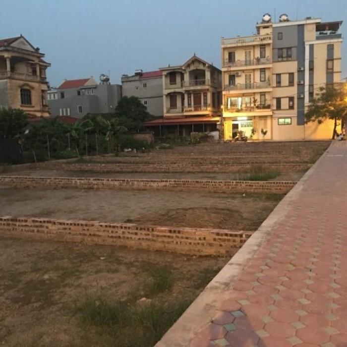 Cần bán gấp lô đất xây phòng trọ đã có phòng trọ hiện hữu xung quanh  DT 5x20=100m2