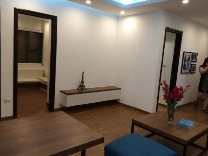 Cho thuê nhà mặt tiền đường Nguyễn Tri Phương, khu trung tâm, sầm uất, gần sân bay.