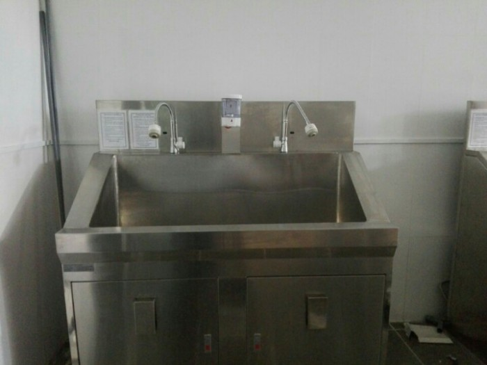 Thiết bị tiệt trùng - Bồn rửa tay phòng mổ 2 vòi