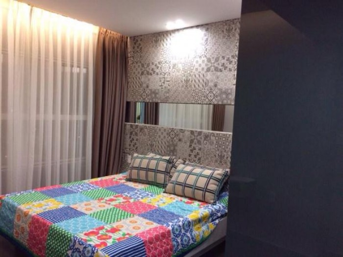 Cho thuê gấp nhà mặt tiền đường Phan Châu Trinh, 3 tầng vị trí đẹp