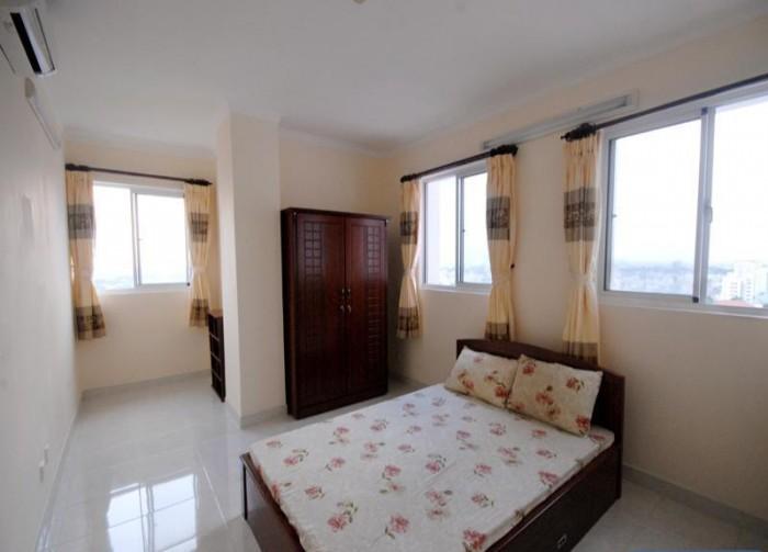 Cho thuê gấp nhà mặt tiền đường Nguyễn Hữu Thọ, 2 tầng vị trí đẹp