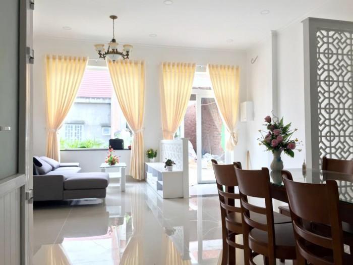 Cho thuê nhà mặt tiền đường Nguyễn Văn Linh/60 triệu