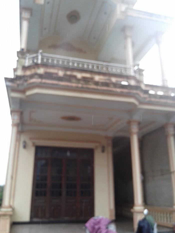 Bán nhà 2 tầng mặt tiền tam Thai
