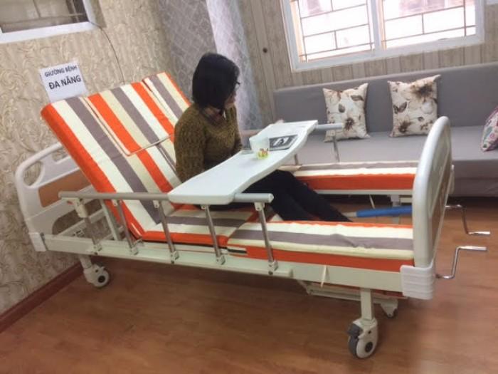 Giảm giá 18% giường bệnh nhân đa năng 4 tay quay - 7 chức năng