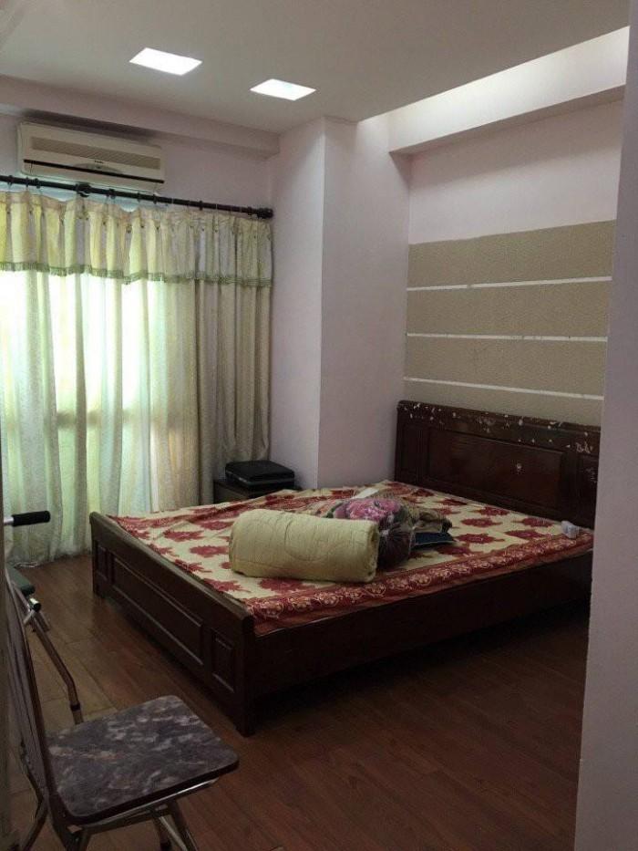 Cho thuê nhà MT đường Nguyễn Chí Thanh, 3T, MT 5m 30 triệu/tháng