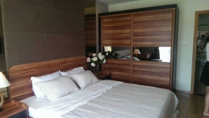 Cho thuê nhà cấp 4 MT đường Lê Đình Lý, trống suốt, kinh doanh tốt chỉ 12 triệu/tháng