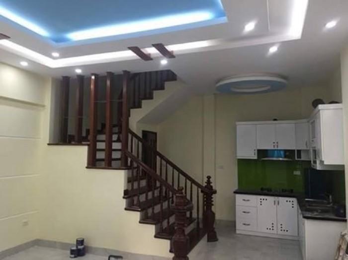 Cho thuê nhà MT đường Điện Biên Phủ, 2T, T 1 trống tiện kinh doanh.