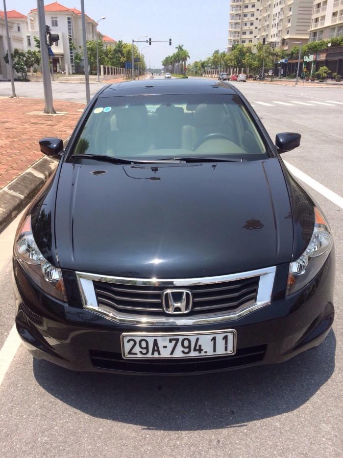GĐ bán chiếc Honda Accord 2.4AT đời 2008, chính chủ màu đen