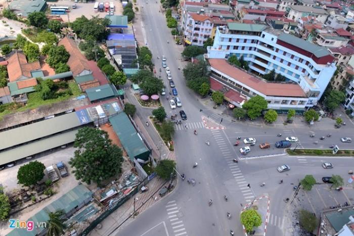 (HIẾM) Bán mặt nhà phố Trần Duy Hưng, 75m2, 28 tỷ