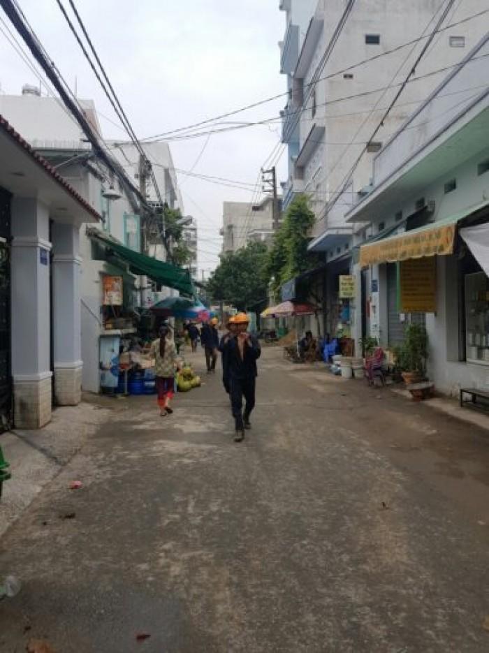 Bán nhà trệt+3 lầu+ sân thượng đường Bùi Văn Ba, quận 7, 1.7 tỷ.
