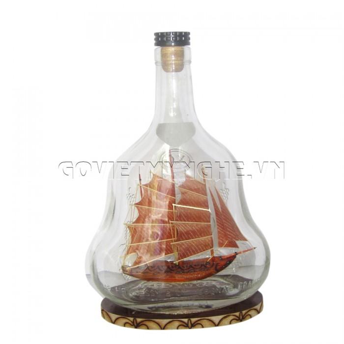 Mô Hình Thuyền Gỗ Trong Chai Hennessy X.O N4, Dài 15 x Rộng 7 x Cao 24 (cm), Giá 300.000đ