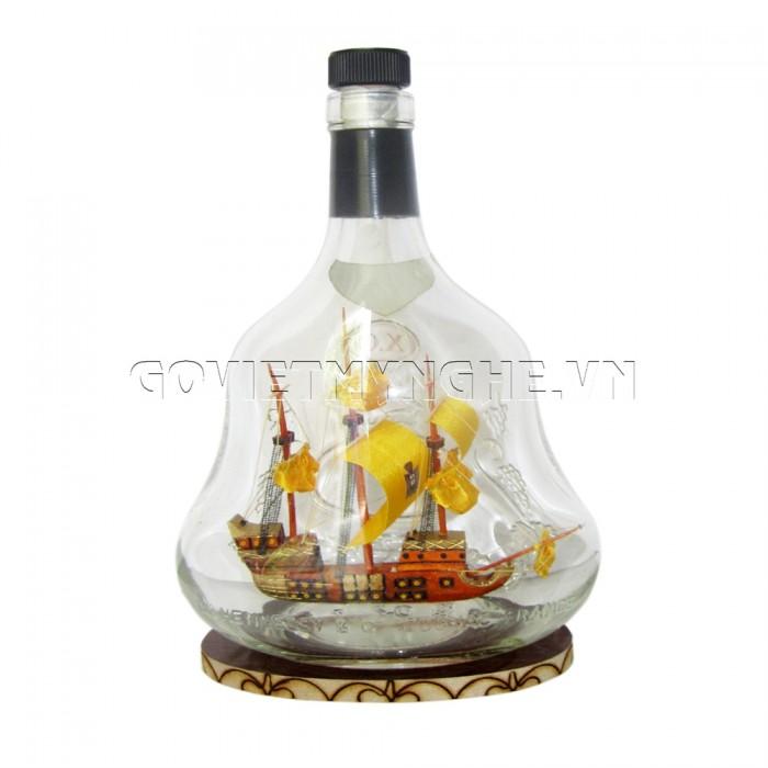Mô Hình Thuyền Gỗ Trong Chai Hennessy X.O N5, Dài 15 x Rộng 7 x Cao 24 (cm), Giá 300.000đ