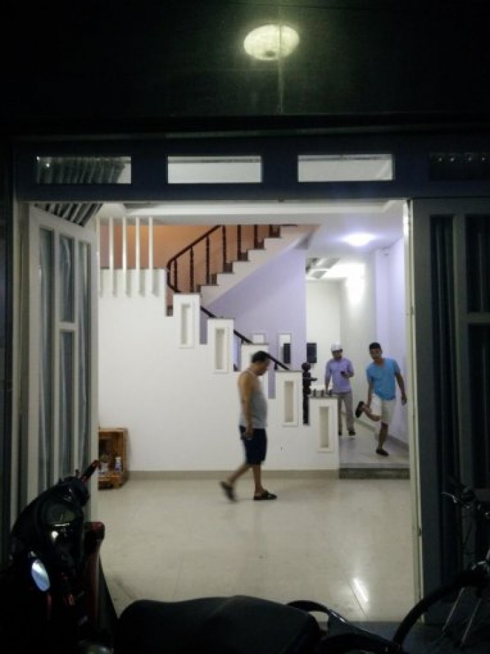 Bán nhà sổ hồng riêng DT 4m x 12m, 2 phòng ngủ, giá 1.18 tỷ, đường Đặng Nhữ Lâm, thị trấn Nhà Bè