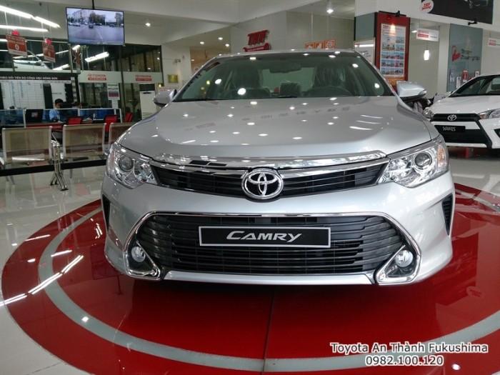 Bán xe Toyota Camry 2.0E 2017, Mua trả góp Lãi Suất 0%. Gọi ngay cho 0982 100 120 - hotline từ Đại lý Toyota 100% vốn Nhật - Toyota An Thành Fukushima để nhận tư vấn mua xe nhanh chóng nhất!