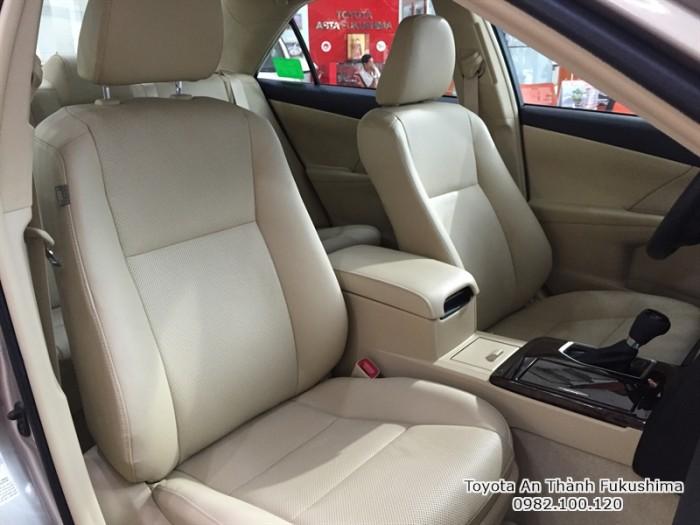 Toyota Camry giá ưu đãi ở HCM từ Đại lý Toyota 100% vốn Nhật, đừng ngần ngại gọi cho chúng tôi qua hotline 0982 100 120 để nhận giá ưu đãi nhất!
