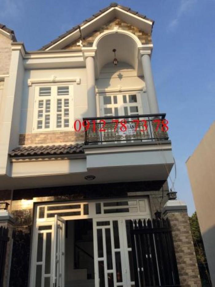 Bán nhà chính chủ 1 lầu, DT 100m2, 2 PN, đường Huỳnh Tấn Phát, đối diện kho B. Giá rẻ