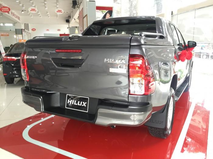 Đại lý Toyota 100% vốn Nhật Bản - Toyota An Thành Fukushima bán xe Toyota Hilux xe bản tải nổi tiếng của Toyota