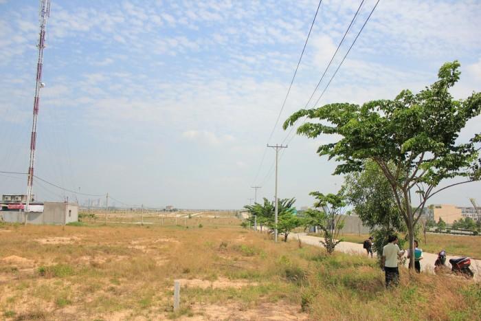 Vietcombank thanh lý nhà/ đất thổ cư, sổ hồng, đối diện chợ, khu cn 90tr/nền, hỗ trợ xây