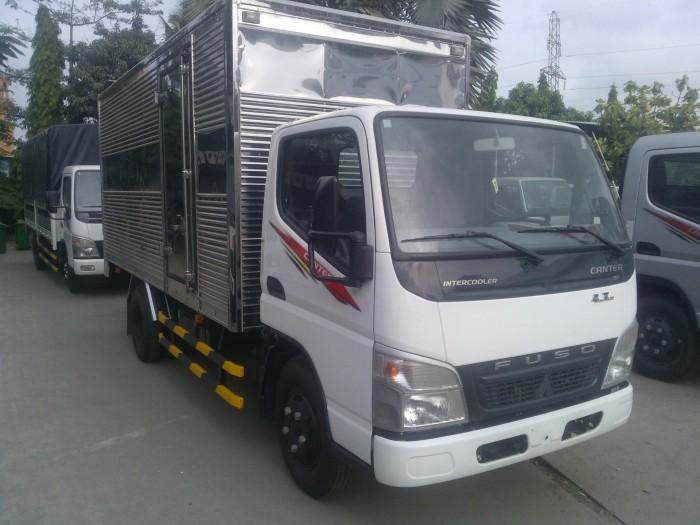 Mua trả góp xe tải Fuso Canter 1.9 tấn/1T9 thùng dài 4.4m giao ngay.