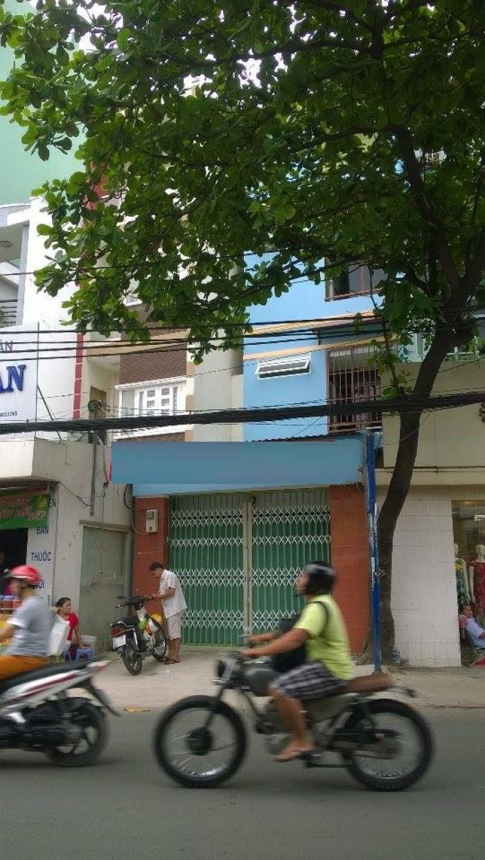 Nhà cho thuê MT Lê quang định, p.5, bt dt 4,2x19m