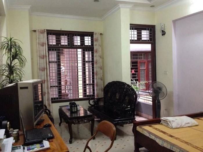 Cho thuê nhà 4T mặt phố đường Huỳnh Lý, Hải Châu, TTTP Đà Nẵng.