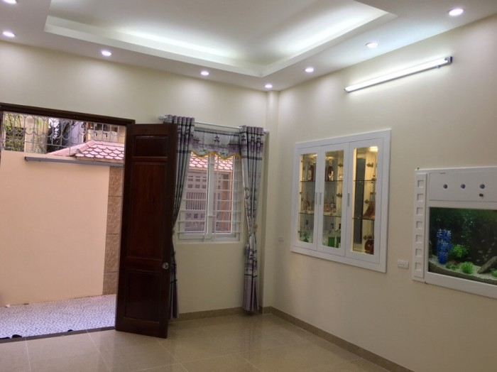 Bán nhà 33 m2 x5tầng xây mới đẹp long lanh Yên Hòa Quận Cầu Giấy giá 3.1 tỷ