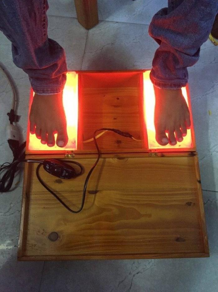 Bộ massage chân bằng đèn đá muối Himalaya