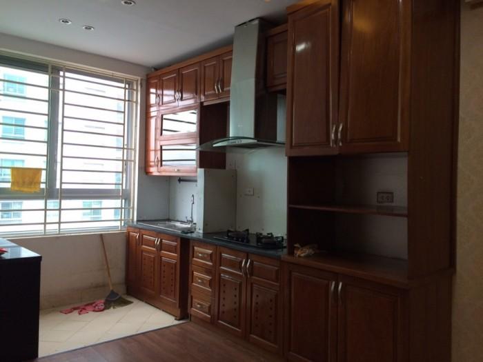 Cho thuê căn hộ chung cư SME Hoàng Gia, S=133m2, có nội thất, giá 8tr/th,
