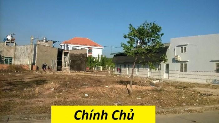 Bán nhà trọ 16 phòng và 300m2 đất gần chợ, dân cư đông, Khu CN Kumho, SỔ HỒNG