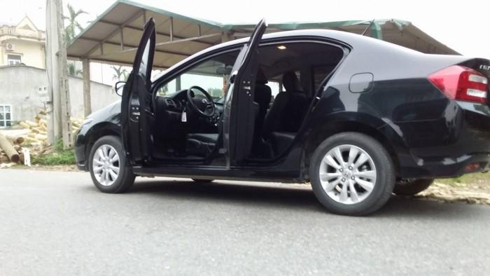 Về hưu không có nhu cầu dùng nên muốn bán xe Honda City AT1.5 sản xuất 2014 0
