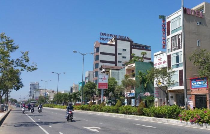 Bán nhà 2 tầng mặt tiền đường 2 tháng 9, Quận Hải Châu, Thành phố Đà Nẵng.