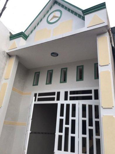 Bán nhà mới xây gần ngã tư Bình Chuẩn