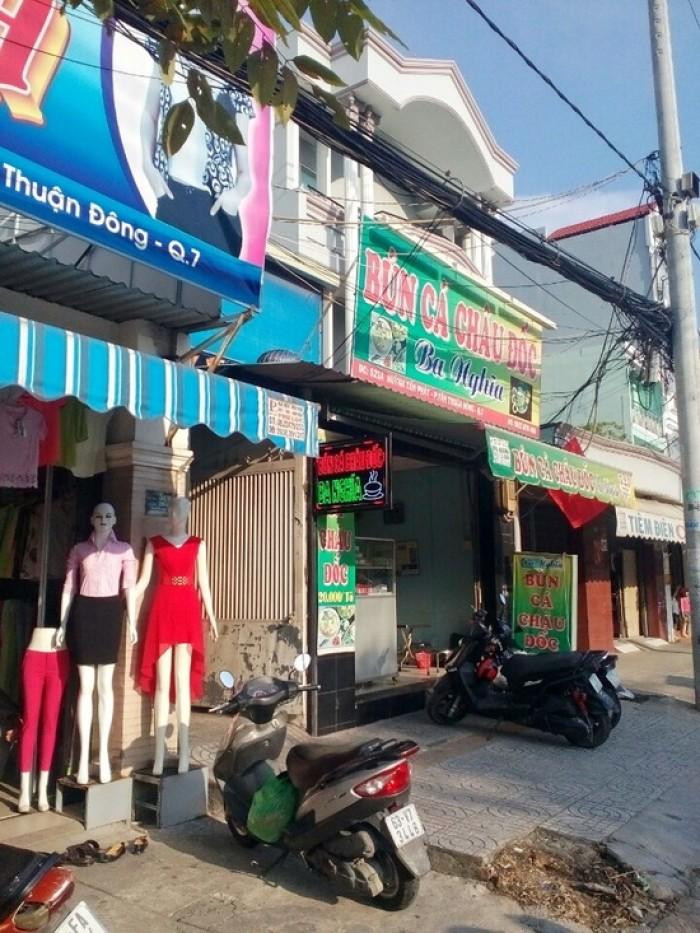 Nhà mặt tiền Huỳnh Tấn Phát, khu vực KD sầm uất nhộn nhịp, 5x33m, 1 trệt 1 lầu và sân thượng. Giá 9.6 tỷ